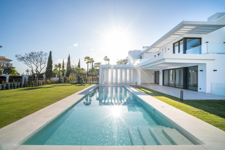 new villa in benahavis